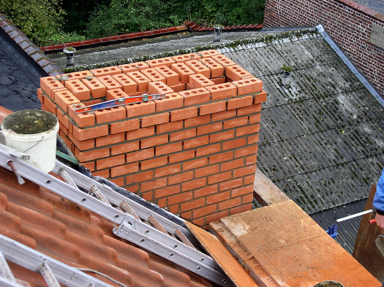 Vigo Sa Installation Et Renovation De Cheminees A Bruxelles